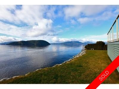 Howe Sound House for sale:  4 bedroom 3,870 sq.ft. (Listed 2012-02-14)